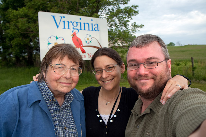 Jutta Engelhardt, Caroline Wise, and John Wise on the Virginia border