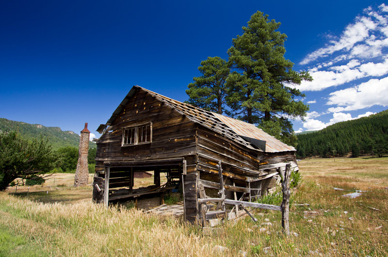 An bunk house that is part barn falling to bits on the road to Vallecito Reservoir in Bayfield, Colorado