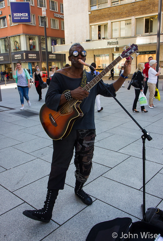 Phoenix The Devourer busking out the tunes on Zeil in Frankfurt, Germany