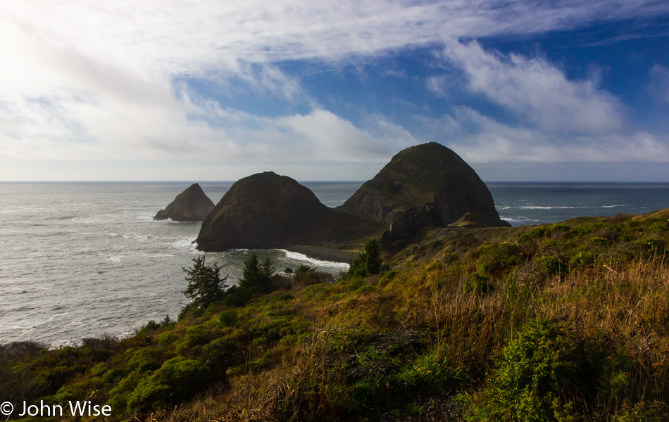 Sisters Rock Viewpoint on the Oregon Coast